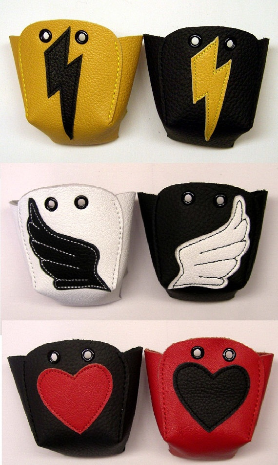 Roller Derby skate toe guards, I want the black with white skull ones