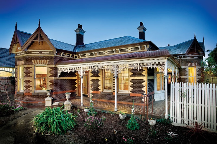 A grand Hawthorn brick c1906 residence, features an impressive architect design complimented by triple gabled roof line, an abundance of original features, press-metal ceilings and tessellated verandah