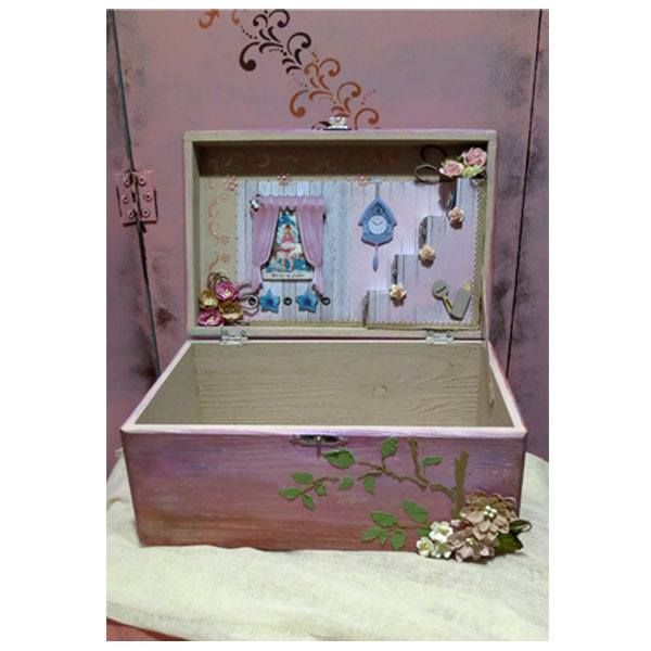 Εσωτερικο κουτιου με 3d scrapbooking! Inner side of wooden box with 3d scrapbooking paper!