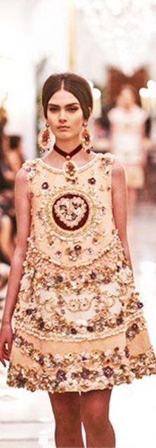 Dolce & Gabbana Alta Moda S/S 2013 Couture (Exclusive Fashion Show)