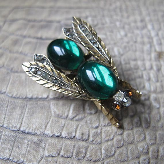 Designer ART Insect Brooch Pin. Winged Insect, Bug Figural, Fly Pin. Jelly Belly Style. Signed Art, Arthur Pepper of Mode Art Jewelry. Arthur Pepper began making costume jewelry in the 1940s signed Mode Art, later being called ART. Pieces signed ART with copyright symbol are post