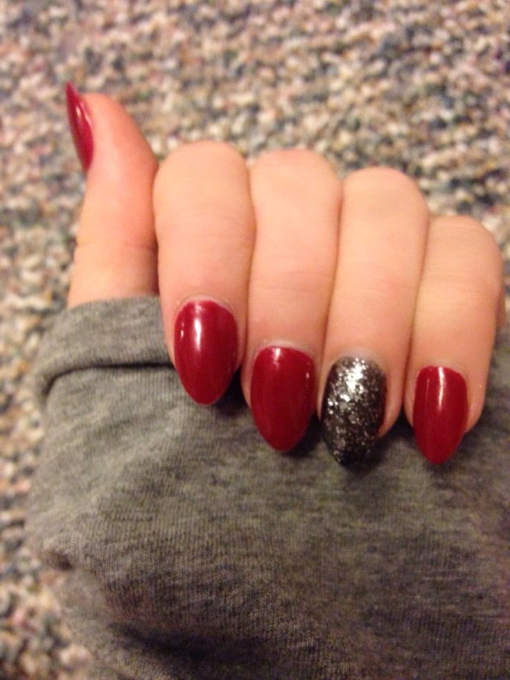 Mountain peak pointed shaped acrylic nails red black ...