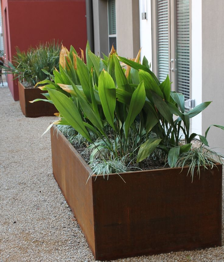 New Metal Balcony Planters