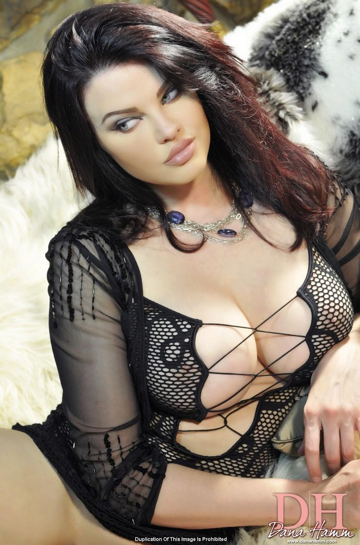 53 best dana hamm images on pinterest | curvy women, barbour and boobs