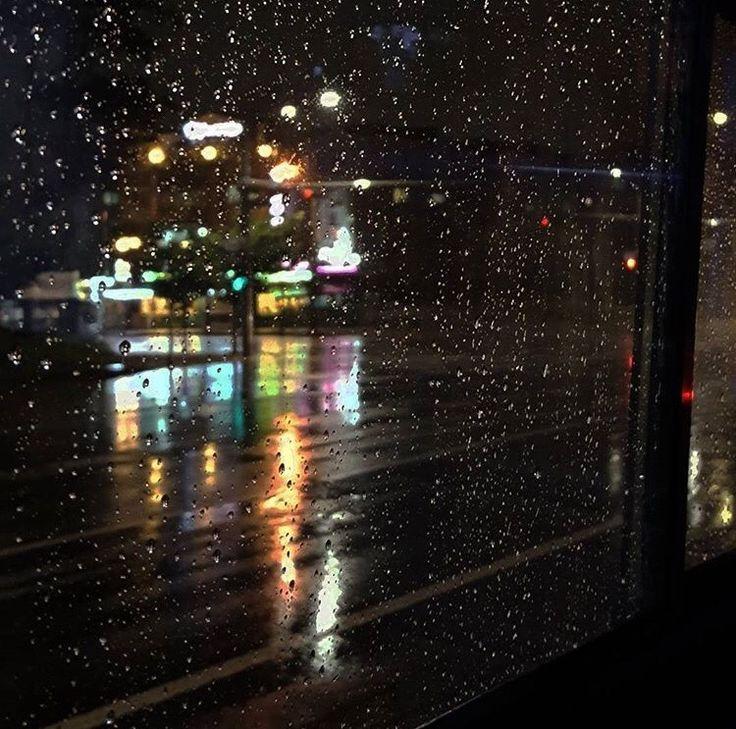 дождь в открытом окне ночью фото бесконечно