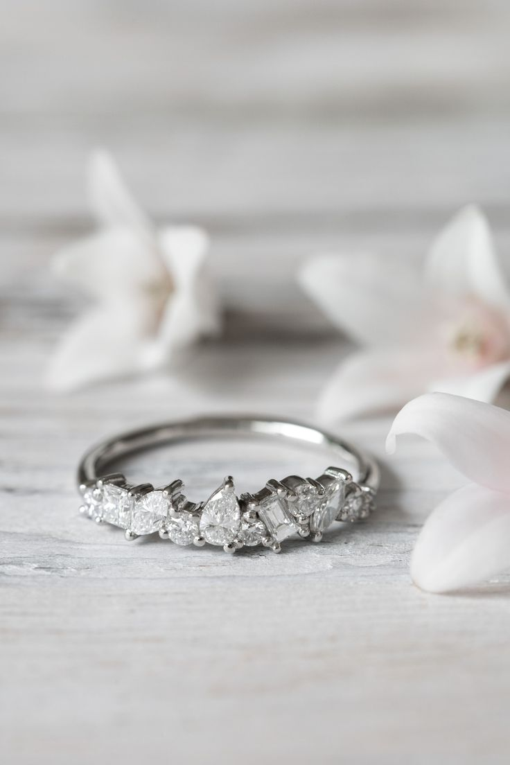 Grew and Co / Fine Jewellery / Engagement ring / Wedding Jewelry / White Diamonds / Wedding Style Inspiration / The LANE