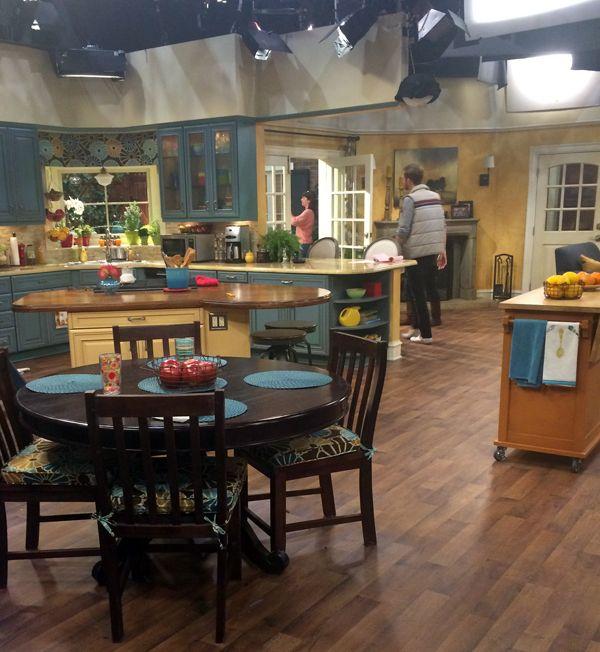 Melissa And Joey Set Kitchen