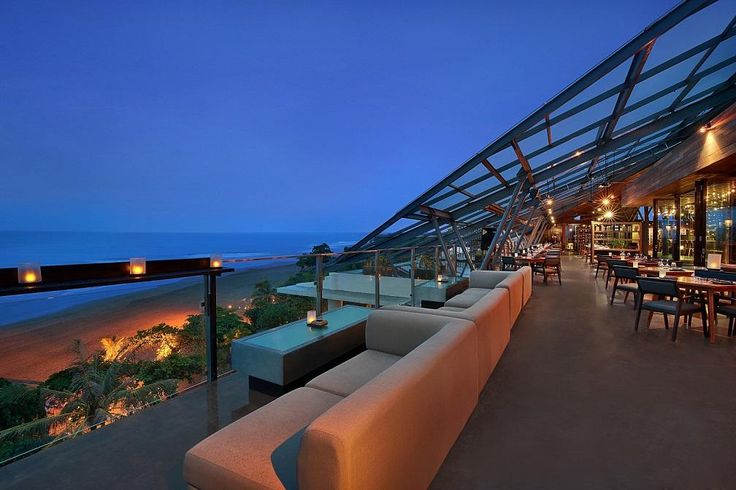 MOONLITE KITCHEN AND BAR IS FEATURED IN 10 BEST ROOFTOP BARS IN THE WORLD