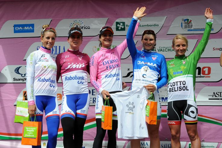 The winners in the Giro Rosa 2014 with in pink Marianne Vos