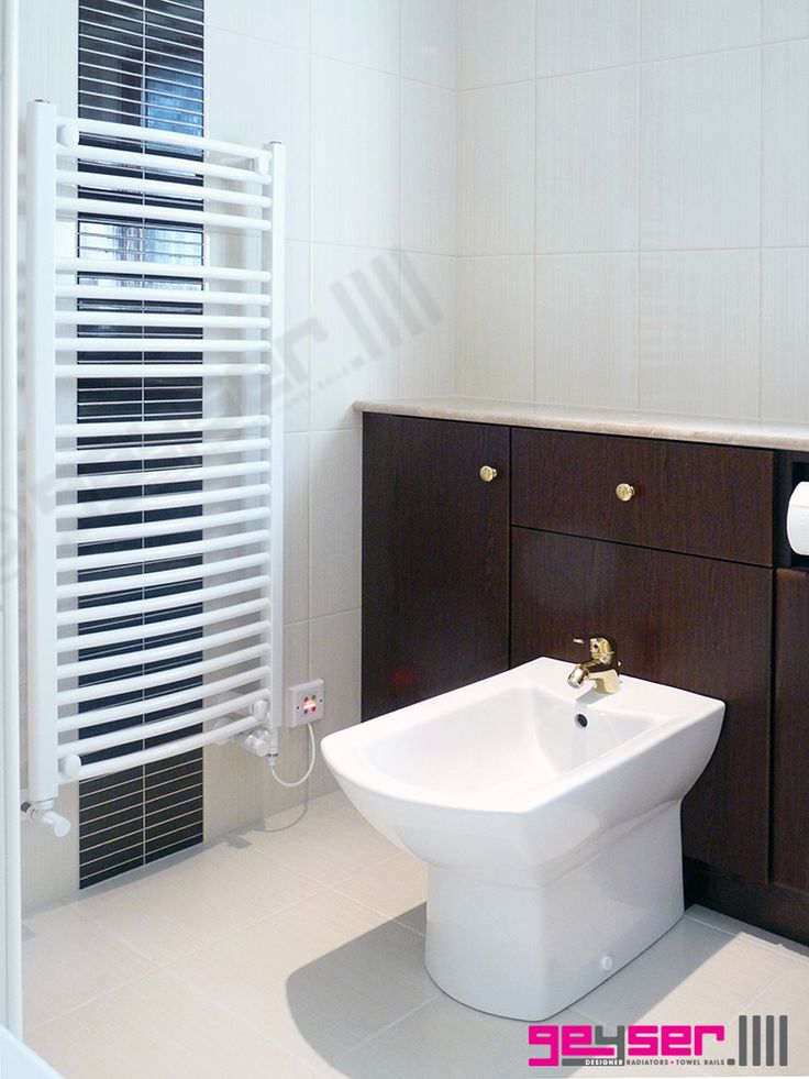 "Geyser ""CURVED LADDER"" White Heated Towel Rail / Electric Towel Rail / Dual Fuel Towel Rail"