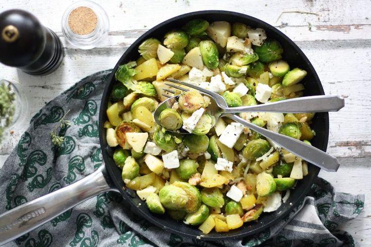 Ein köstliches und einfaches Rosenkohl Rezept mit Kartoffeln und Fetakäse. Ein schnelles Rezept mit dem Wintergemüse Rosenkohl für das Mittagessen.