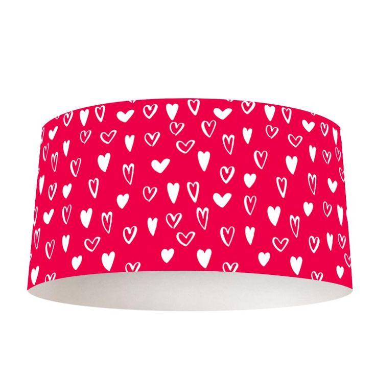 Lampenkap Hartjes patroon | Bestel lampenkappen voorzien van digitale print op hoogwaardige kunststof vandaag nog bij YouPri. Verkrijgbaar in verschillende maten en geschikt voor diverse ruimtes. Te bestellen met een eigen afbeelding of een print uit onze collectie. #lampenkap #lampenkappen #lamp #interieur #interieurdesign #woonruimte #slaapkamer #maken #pimpen #diy #modern #bekleden #design #foto #natuur #hartjes #harten #meisjes #roze #meisjeskamer #tiener