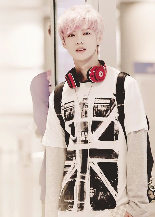 EXO Luhan. It's so cute that he thinks he's manly =3