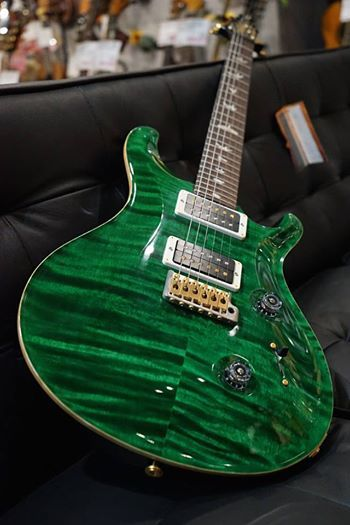 Paul Reed Smith 2013 Custom 24 Emerald Hybrid Pattern Thin KID LTD  http://www.chuya-online.com/products/84605/index.html