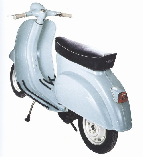 69 best images about vespa piaggio on pinterest motor for Puntura vespa cane
