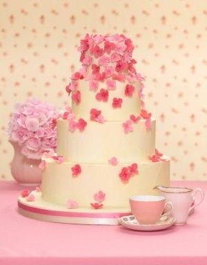 http://www.thecakeparlour.com/wp-content/uploads/2011/01/Pink-Hydrangea-Wedding-Cake-300x384.jpg