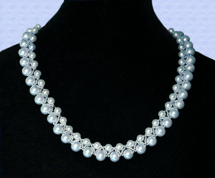 Free pattern for beaded necklace Skyfall     U need: seed beads 13/0 pearls beads 5 mm pearl beads 8 mm      Click to get book about Beading
