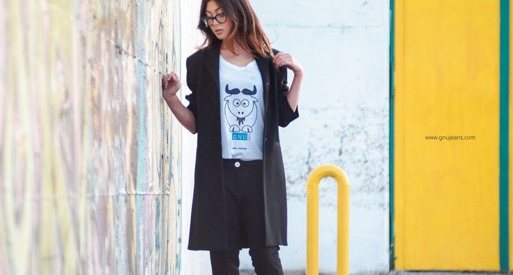 Produzione: www.officinacreativa.us         Brand: www.gnujeans.com             #jeans #fashion #girls