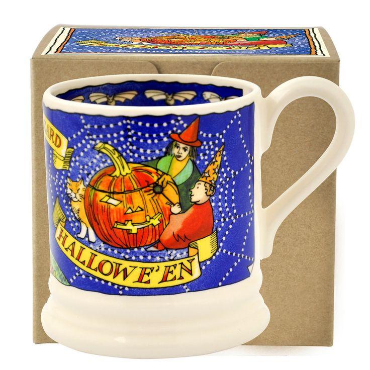 Halloween Scene 2016 1/2 Pint Mug Boxed