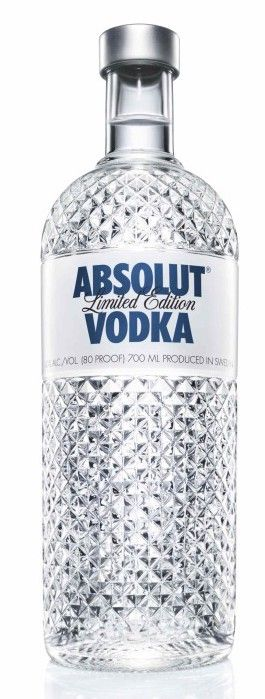 40 Absolut Vodka Bottles With Stunning Design  i like the look of this bottle becous it looks like its made of meany dimonds