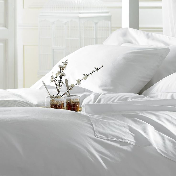 How To Keep Your White Sheets White | CASA & Company by Sabrina Soto