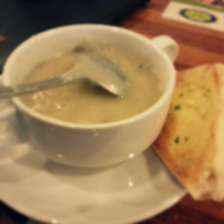 creamy soup n bread