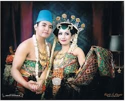 For the traditional Javanese reception