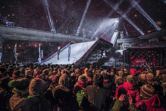 Aux premières loges pour la compé de Big Air du Snow Jamboree!
