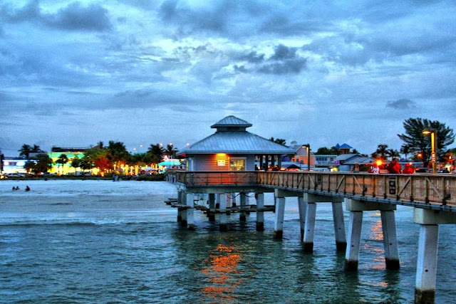 109 best fort myers beach florida images on pinterest for Fort myers fishing pier