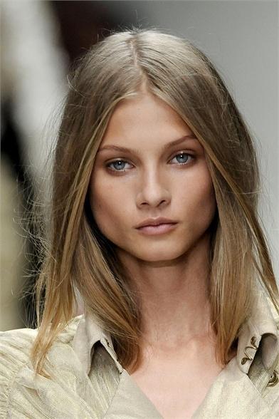 Anna Selezneva makeup
