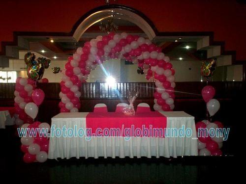 Decoraci n de mesa principal de xv a os globimundo mony for Mesas decoradas para 15 anos