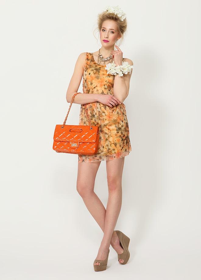 Playmax Desenli elbise Markafoni'de 79,90 TL yerine 29,99 TL! Satın almak için: http://www.markafoni.com/product/3536206/