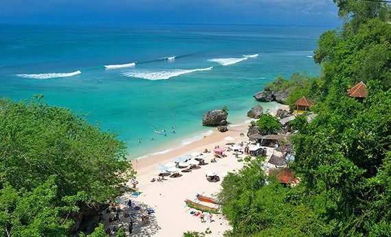 Pantai Padang Padang.