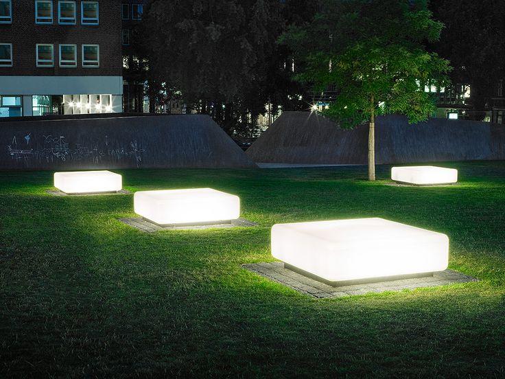 Breimann&Bruun Domplatz Hamburg Light benches
