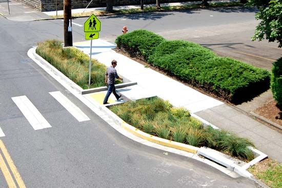 greenstreets - portland, or - a beautiful and effective way to manage stormwater and urban runoff