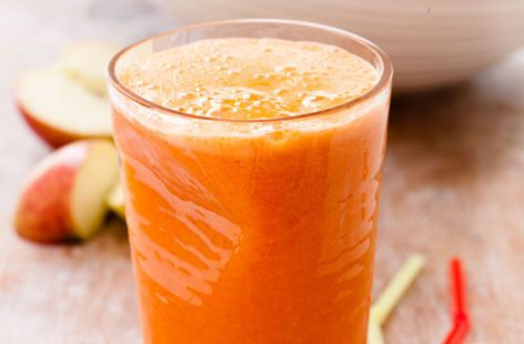 Energiser drink with apple, carrot and oranges recipe