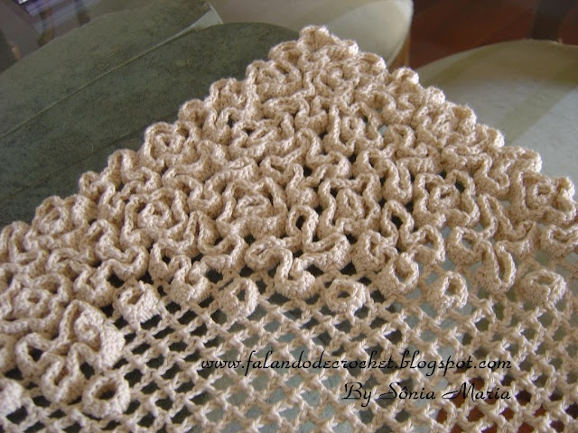 Crochet on Crochet - amazing technique!