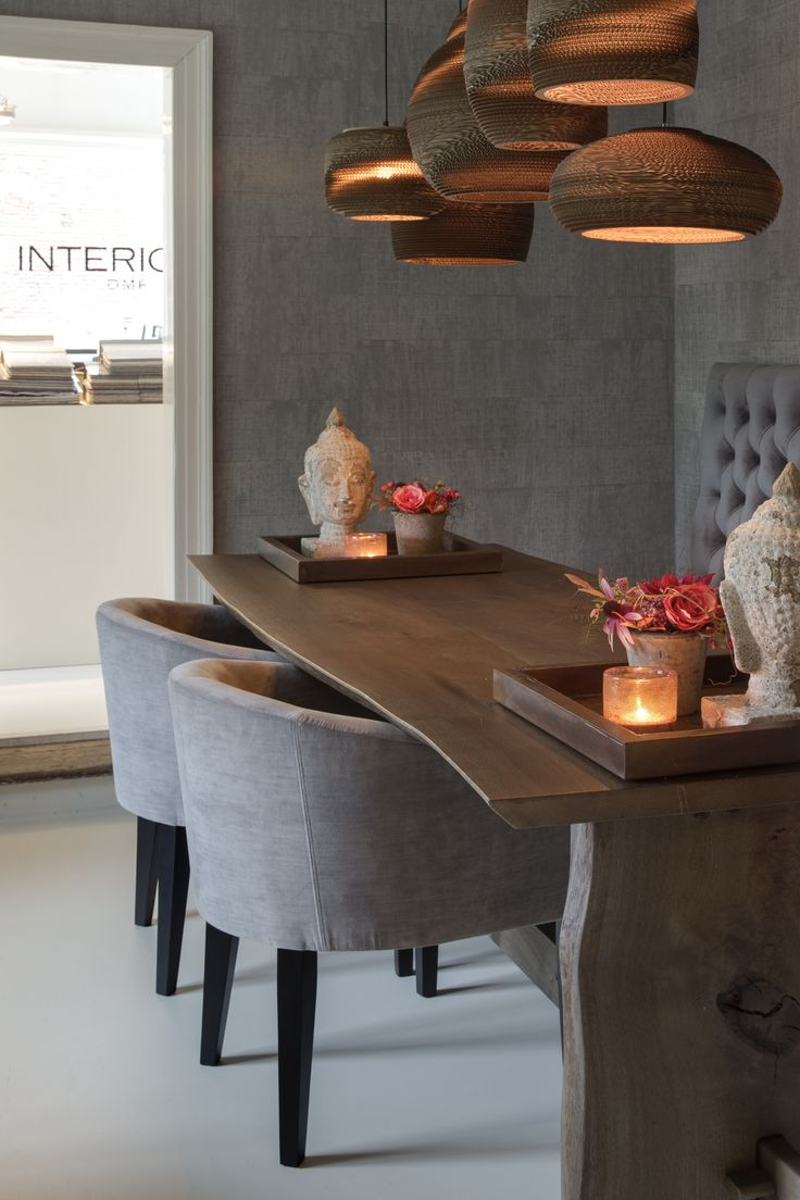 Interiors DMF La Table Foret & Dining Ronde & Lyon bank hoog. Lights by Eve