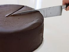 Mississippi mud cake recipe - Nine Kitchen