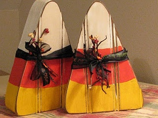 I want to make these! How cute!: Holiday, Halloween Fall, Candy Corn, Halloween Crafts, Corn Decoration, Candycorn, Craft Ideas