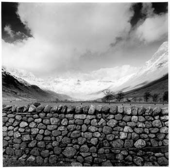 Fay godwin great langdale cumbria 1996 · wuthering heightsconceptual photographyfamous landscape photographerscumbriablack white