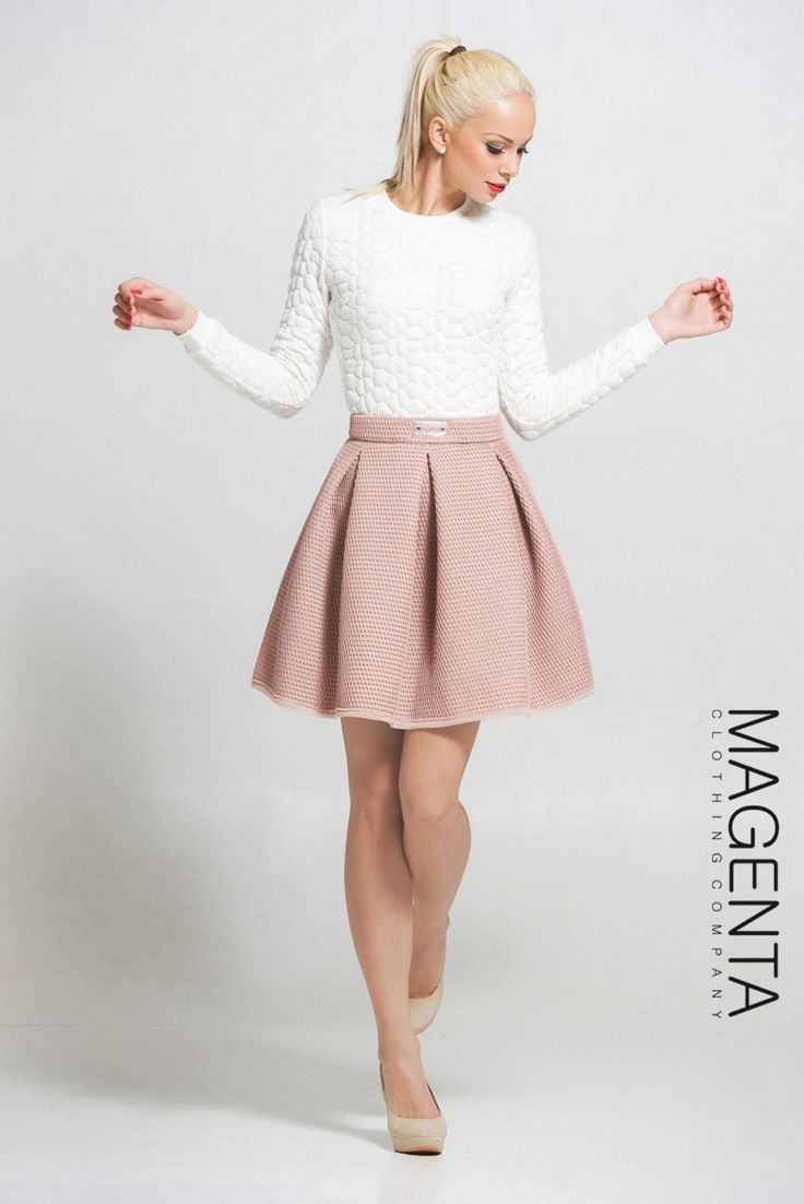The absolute favourite of autumn! #magentafashion #mgnt #women #modell #outfit #ootd #fashion #chic #skirt #ashape #blonde #hot #love #favorite #cute #2014 #trends #womenfashion