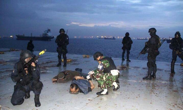 TNI AL Denjaka in anti terrorist training
