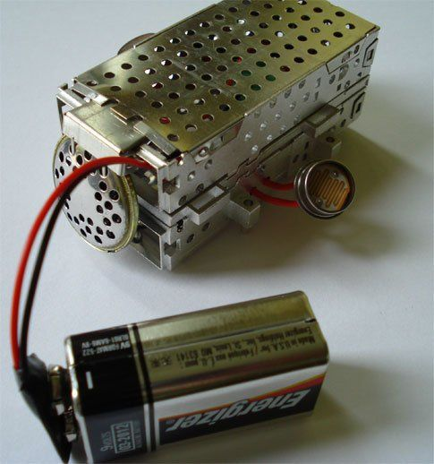 Build a Pocket Theremin on the Cheap | Popular Science