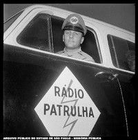 radio-patrulha-02.jpg 200×202 pixels