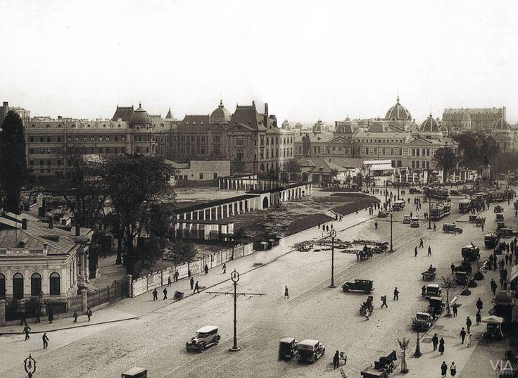 Vedere spre Piața Brătianu și Ulița Colței(astăzi Piața Universității)
