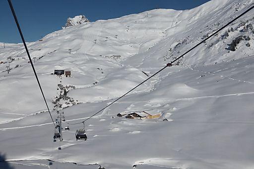 Skigebiet Lech Zürs am Arlberg: Ski-Saisonstart am 6. Dez. 2013! | Fotograf: Thomas Walch.Hotel Walserberg.6767 Warth.+436643142960 | Credit: Thomas Walch | Mehr Informationen und Bilddownload in voller Auflösung: http://www.ots.at/presseaussendung/OBS_20131202_OBS0022