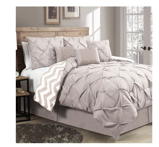 Luxurious Reversible Comforter 7 Piece Bedding Set Queen Bed Pleat King Chevron Product Description: This 7 piece reversible comforter set will work in any bedroom. With its natural and soft looks, ma