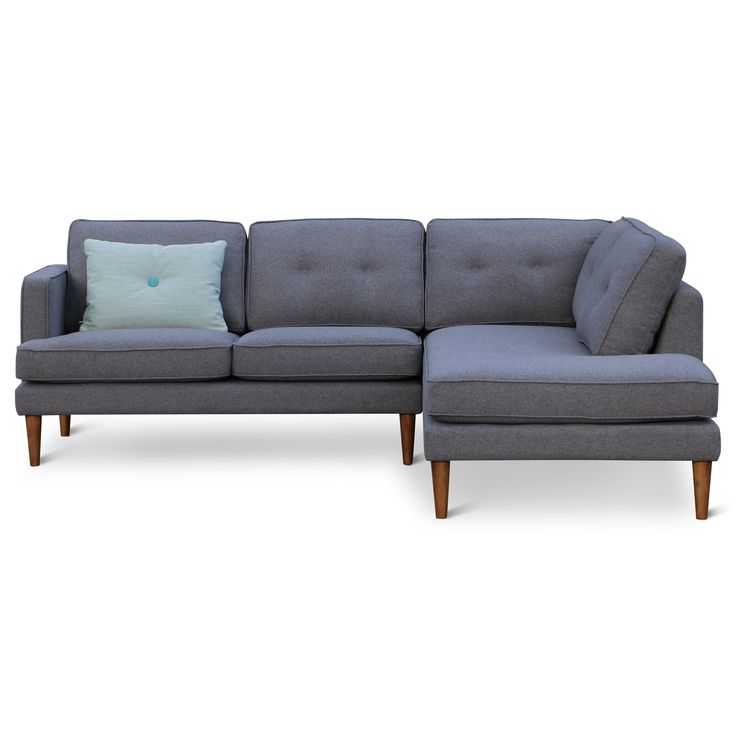 Retro design bank | Design meubelen en de laatste woontrends #bank #yepp #retro #vintage #scandinavisch #grijs #bank #massief #hout #zen #lifestyle #zenlifestyle #bank #couch #sofa