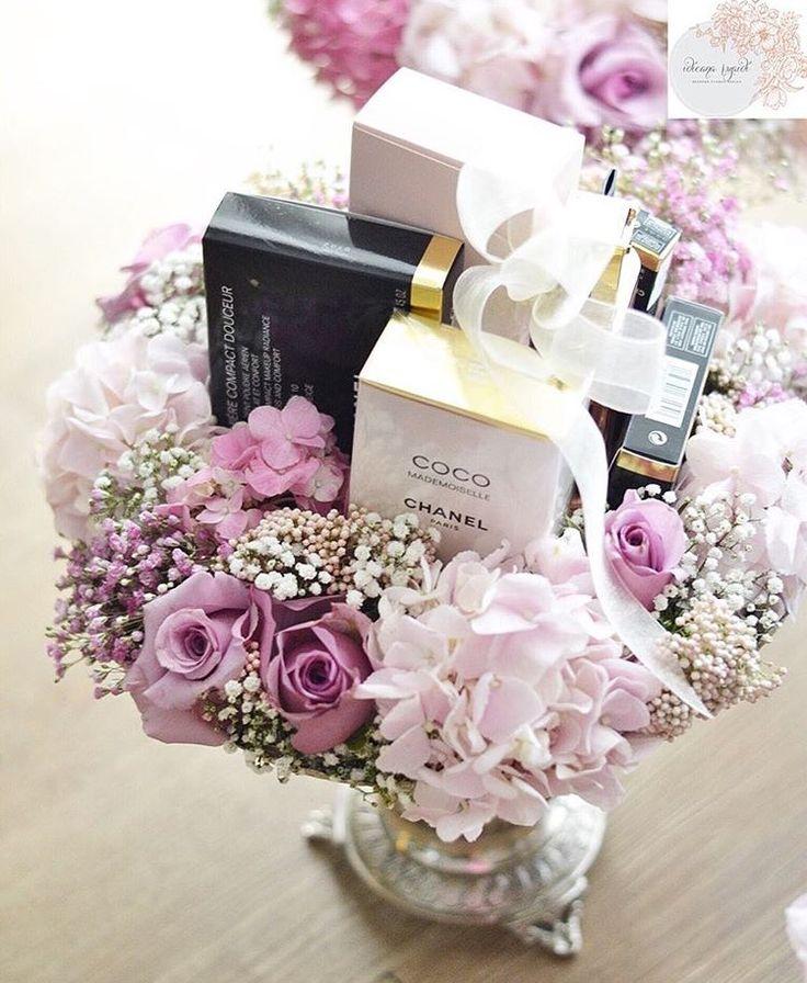 Choice of flowers - Azaleas, Baby Breath, Roses